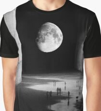 To the Moon Graphic T-Shirt