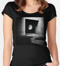 To the Moon Women's Fitted Scoop T-Shirt