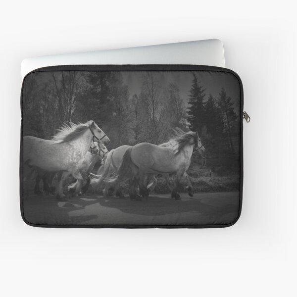 the queen's horses Laptop Sleeve
