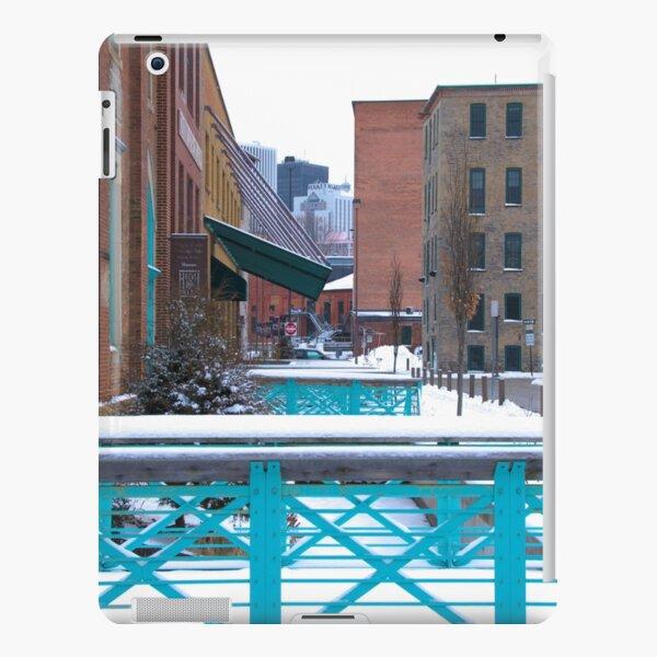 High Falls Area iPad Snap Case