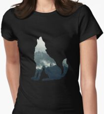 Wolf Women's Fitted T-Shirt