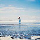 I've seen the ocean and I've seen the sky by Samanthamerr