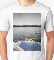 Tinnie Bow  T-Shirt