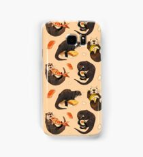 Tiny otters and their sushi Samsung Galaxy Case/Skin