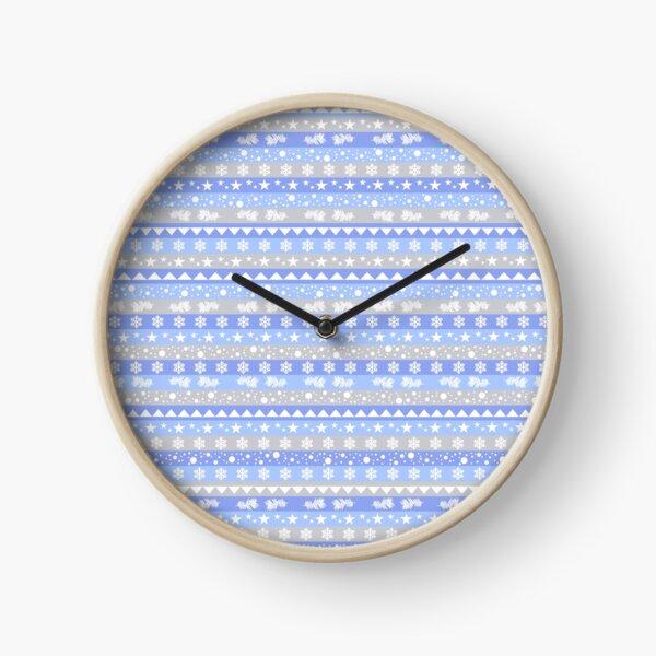 Kilim hivernal bleu, blanc et gris. Horloge