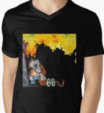Calvin and Hobbes Under Tree Men's V-Neck T-Shirt