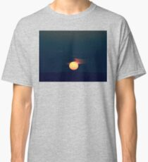 Japanese Sunset in Green Classic T-Shirt
