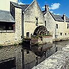 The Aure River in Bayeux by cclaude