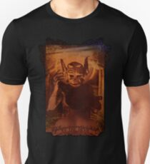 XV THE DEVIL Unisex T-Shirt