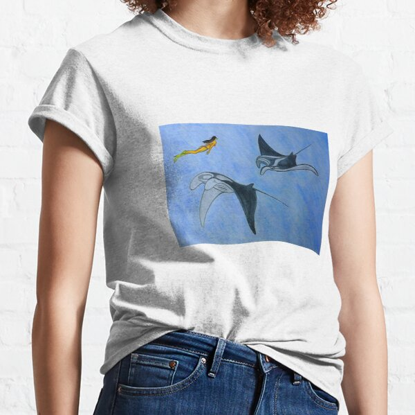 Freediving with Manta Ray Classic T-Shirt