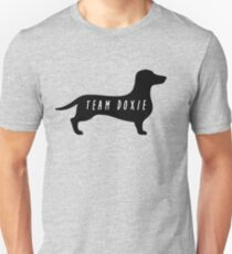 Team Doxie – Dachshund, Dogs, Wiener T-Shirt