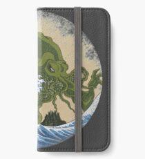 Vinilo o funda para iPhone Hokusai Cthulhu