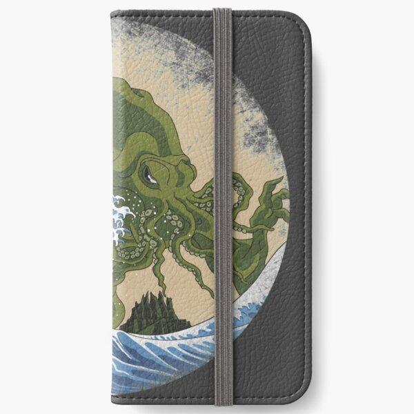 Hokusai Cthulhu iPhone Wallet