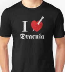 I love (to kill) Dracula (white font eroded) Unisex T-Shirt