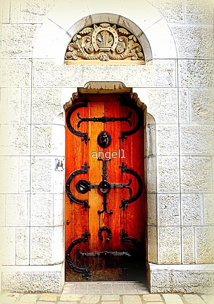 Fairytale entrance by ©The Creative  Minds