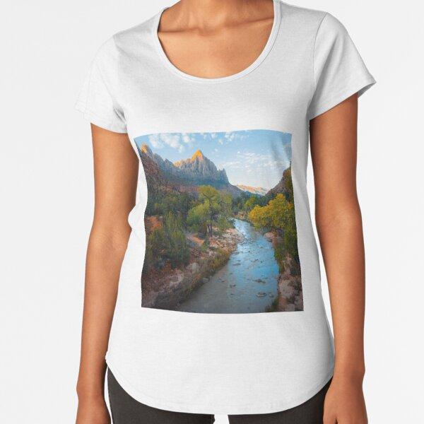 Great Outdoors Adventure Hikers Dream Premium Scoop T-Shirt