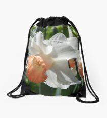 Two-tone Daffodils Drawstring Bag