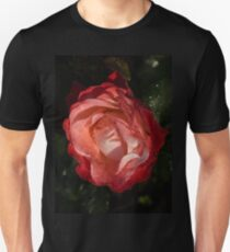 A Wonderful Cream-and-Red Rose With Dewdrops Unisex T-Shirt