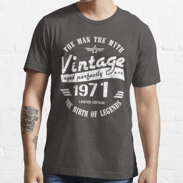 Vintage 1971 - 50th Birthday Gift For Men Essential T-Shirt