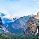Yosemite Valley from Tunnel View by Doug Graybeal