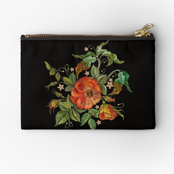 Broderie roses sauvages Pochette
