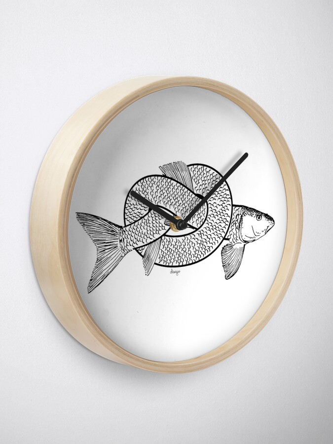 Alternate view of knot fish disego Clock