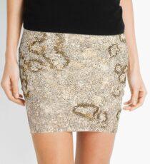 D60 / Nikkor 55mm - 12 Mini Skirt