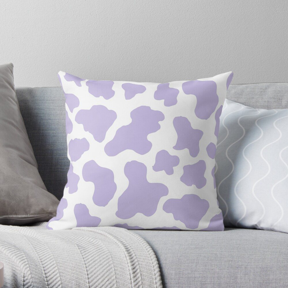 Pastel purple cow print aesthetic  pattern  Throw Pillow