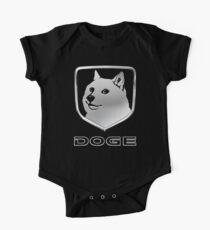 "Dodge Ram ""DOG"" -Logo Baby Body Kurzarm"