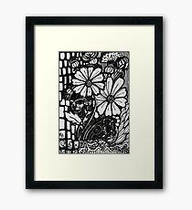 Crazy Lazy Daisy - Kerry Beazley Framed Print