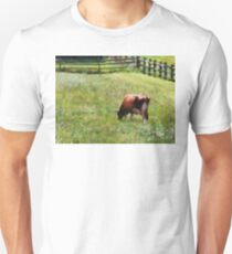 Cow Grazing in Pasture T-Shirt