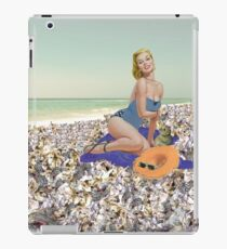 Mary Toft Pin Up iPad Case/Skin