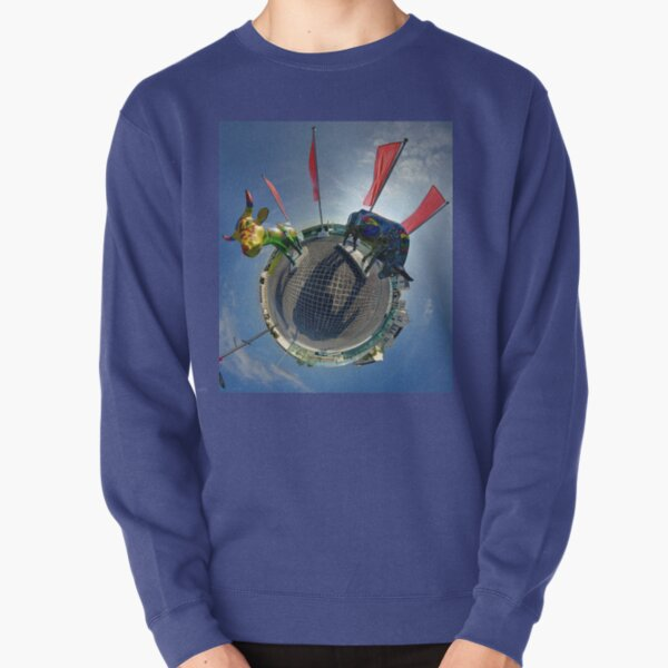 Two Cows on Parade, lower - Ebrington Square, Derry Pullover Sweatshirt