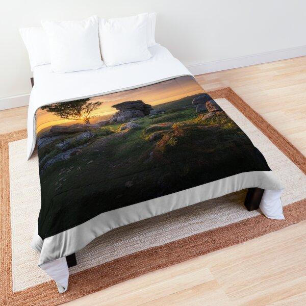 Defiant Comforter