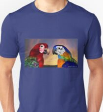 HYPER PARROTS / RED AND BLUE ARA Unisex T-Shirt