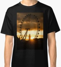 Framing the Sunset in London - the London Eye and Big Ben  Classic T-Shirt