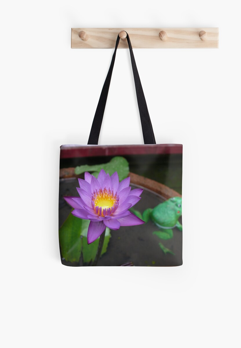 Real Lotus Flower Fake Frog Tote Bags By Steve Nicholson Redbubble