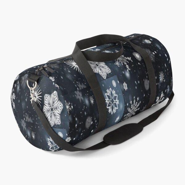 Silently falling snowflakes Duffle Bag