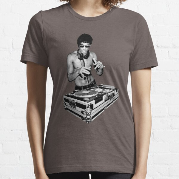 Image Funny T-Shirt Martial Arts T-Shirt Bruce Lee Dj in Console