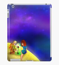 The little prince and a girl iPad Case/Skin