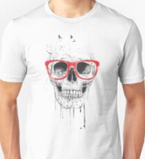Skull with red glasses Unisex T-Shirt