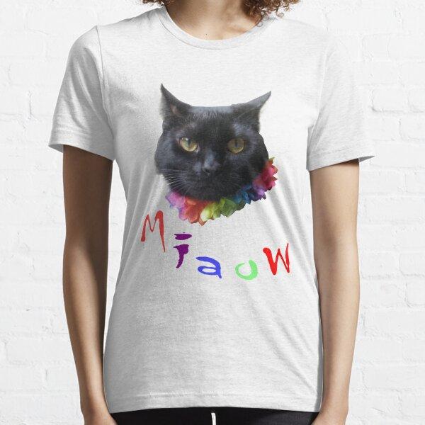 Oor wee cat Bella Essential T-Shirt