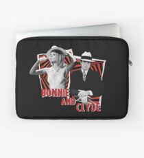 Bonnie and Clyde - Warren Beatty and Faye Dunaway Laptop Sleeve