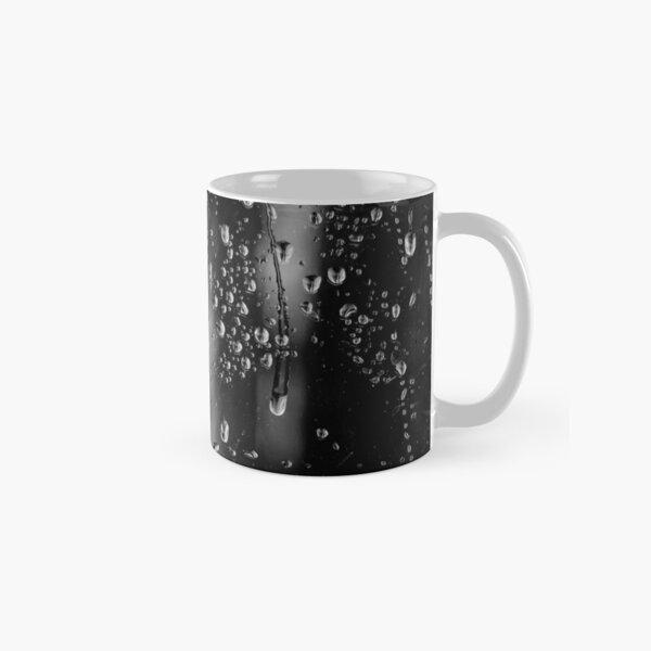 Water droplets on glass Classic Mug