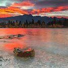 Scarlet Sunrise - Queenstown New Zealand by Beth  Wode
