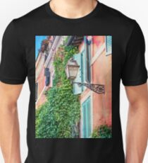 Traditional italian alley with old streetlamp T-Shirt
