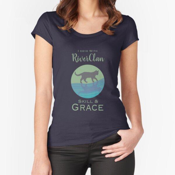 Orgullo de RiverClan Camiseta entallada de cuello ancho