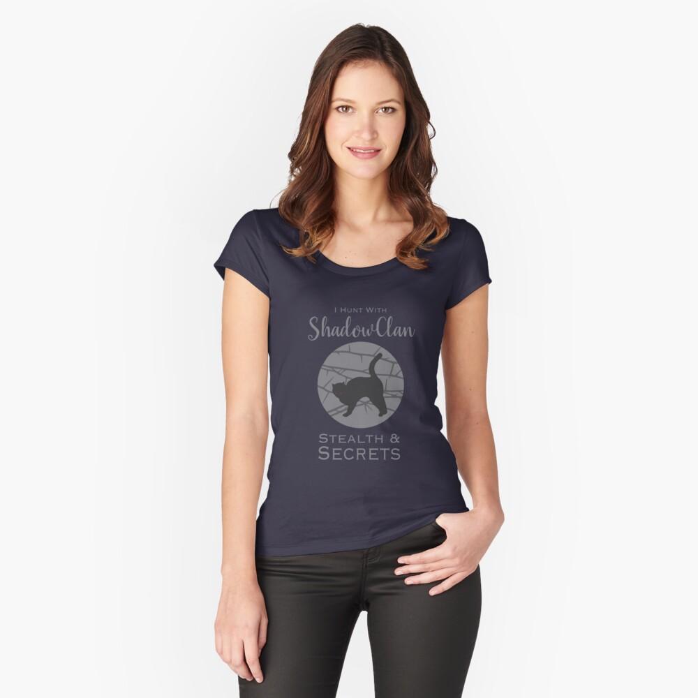 ShadowClan Pride Camiseta entallada de cuello ancho