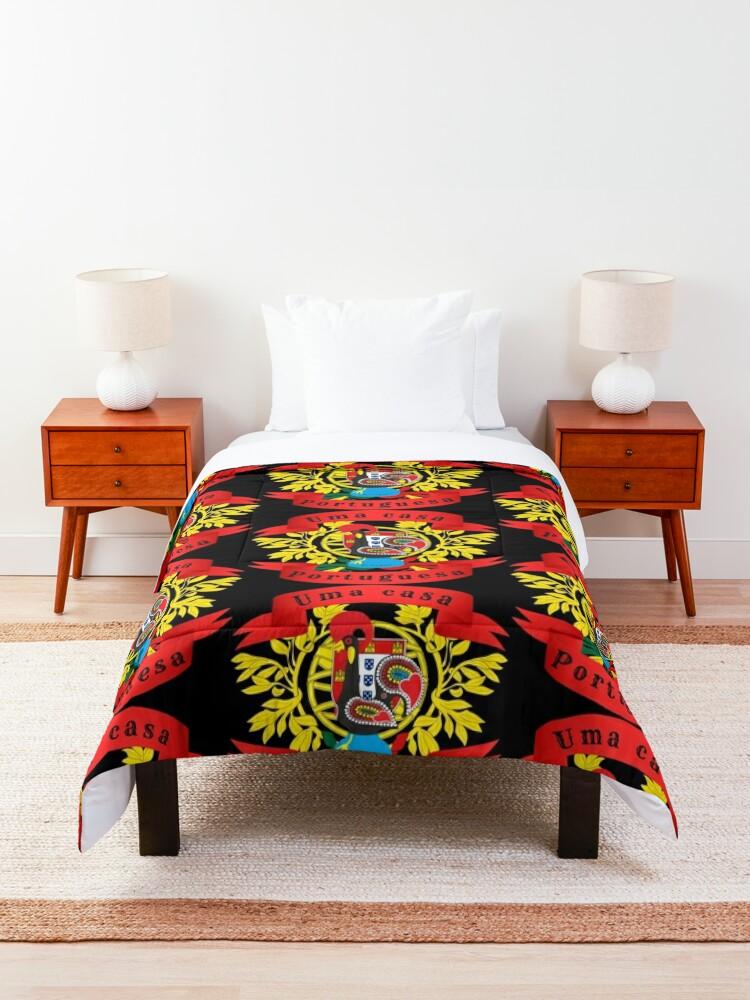 Alternate view of Uma casa Portuguesa Comforter