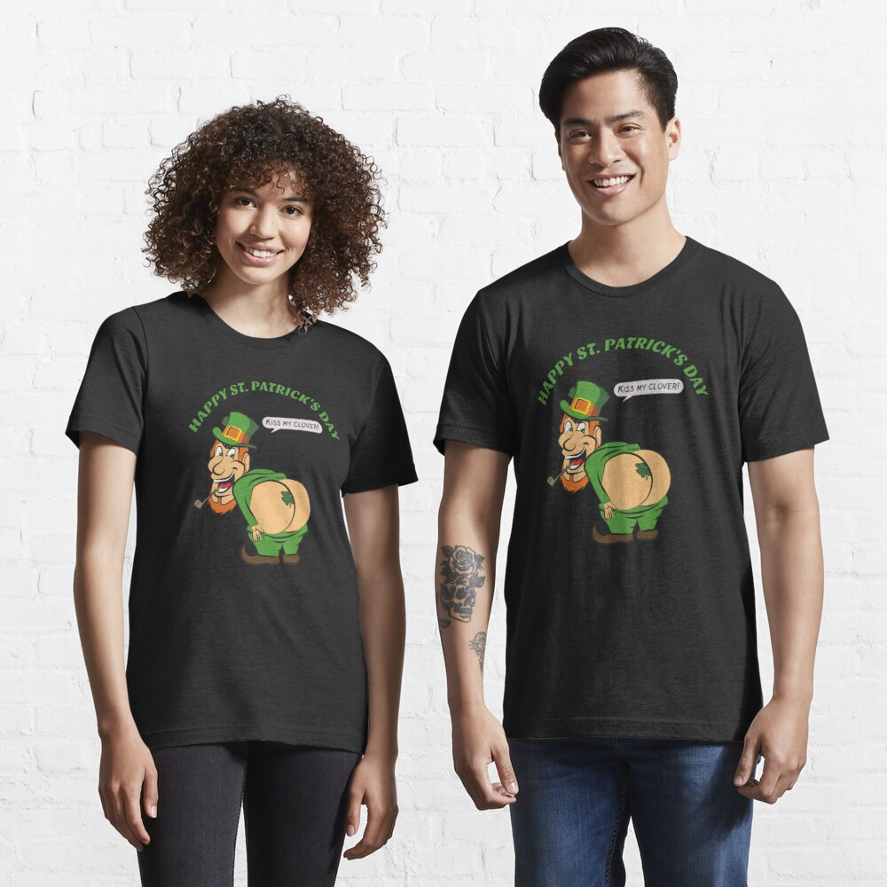 St Patricks Day - Kiss My Clover - Cute Funny Essential T-Shirt
